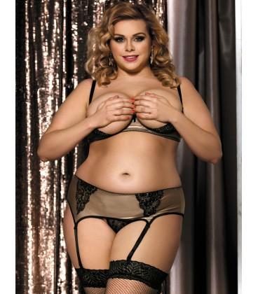 Plus Size Fibi Set With Open Bra